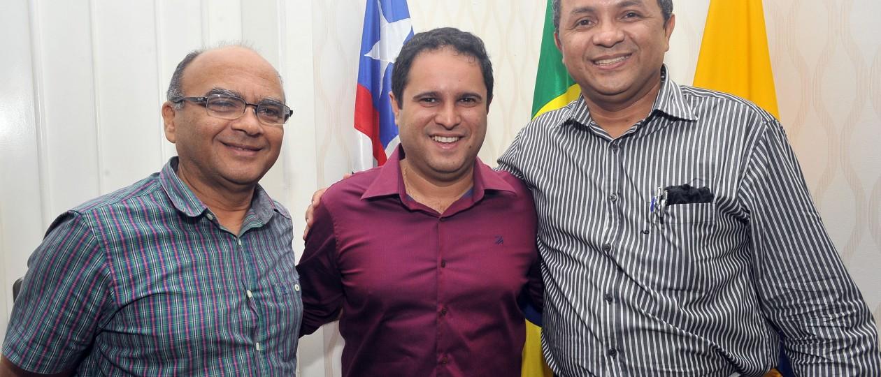 Declaração de Dino sobre estrutura da FMRB complica Edivaldo Júnior e Francisco Gonçalves