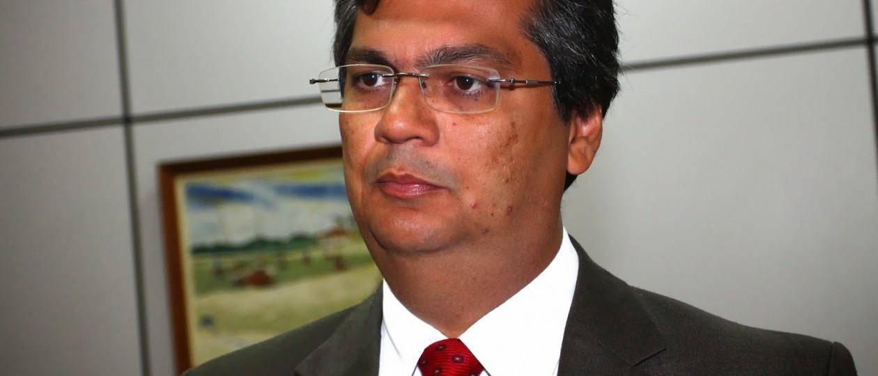 Flávio Dino diz no Twitter que parentes comissionados no governo são efetivos