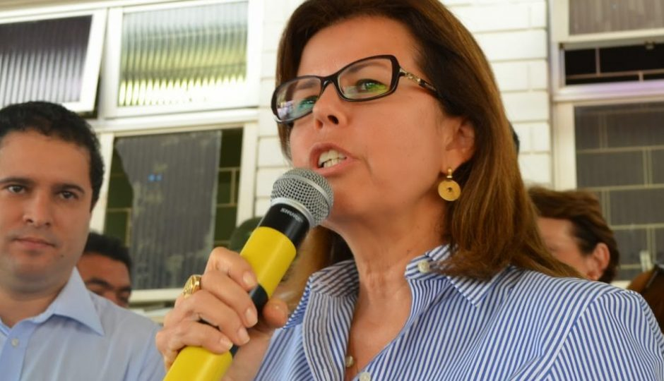 Helena Duailibe decide permanecer na Secretaria de Saúde