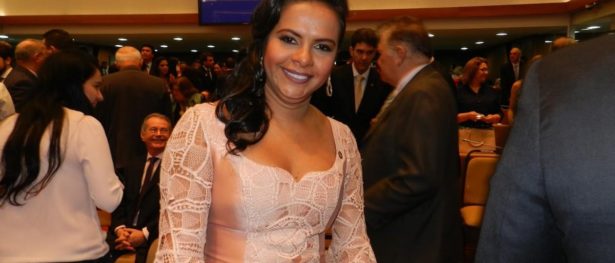 Ana do Gás sugere que Assembleia Legislativa do Maranhão tenha 217 deputados