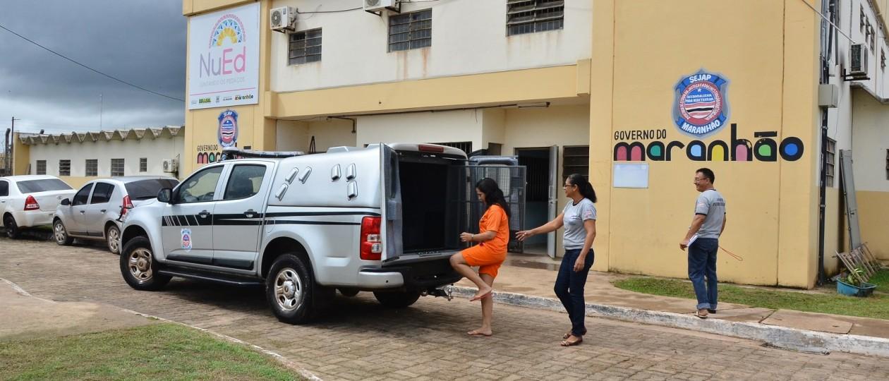 Estado entrega 17 veículos para unidades prisionais da capital e do interior