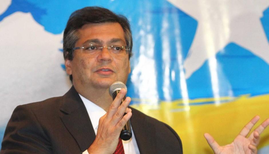 Governo Dino vai gastar R$ 700 milhões em apenas um ano com terceirização da saúde