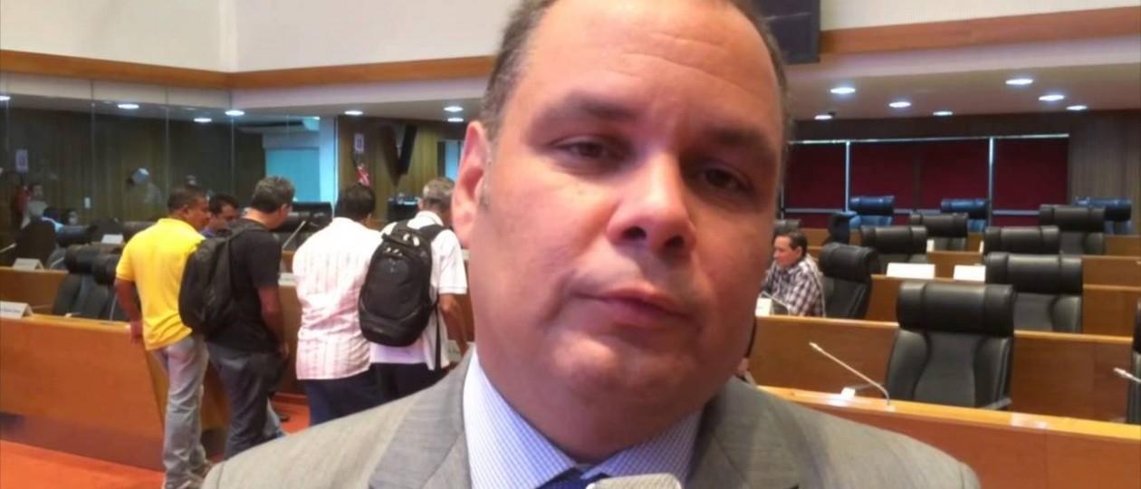 Líder do governo confessa que fez doação ilegal para a campanha de Andrea Murad