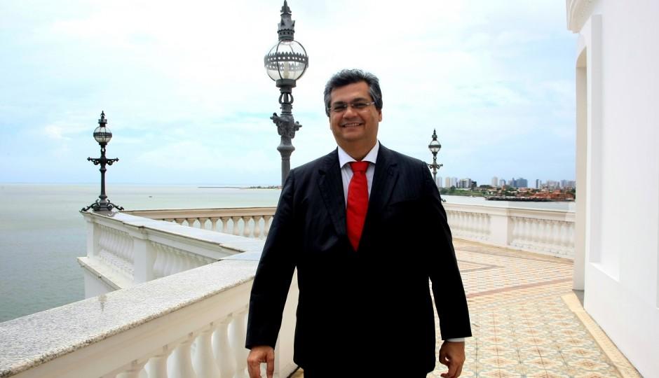 Em meio a crise, Flávio Dino abre licitação de R$ 37 milhões para gastos com propaganda