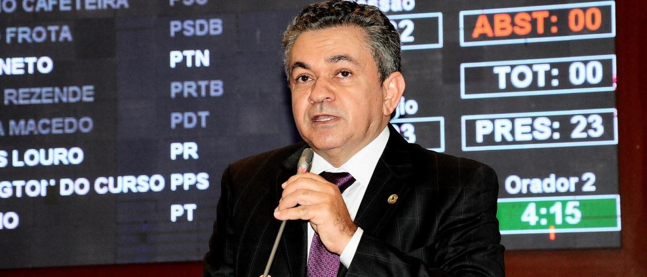 Antônio Pereira cobra providências contra onda de violência em Carolina e Imperatriz