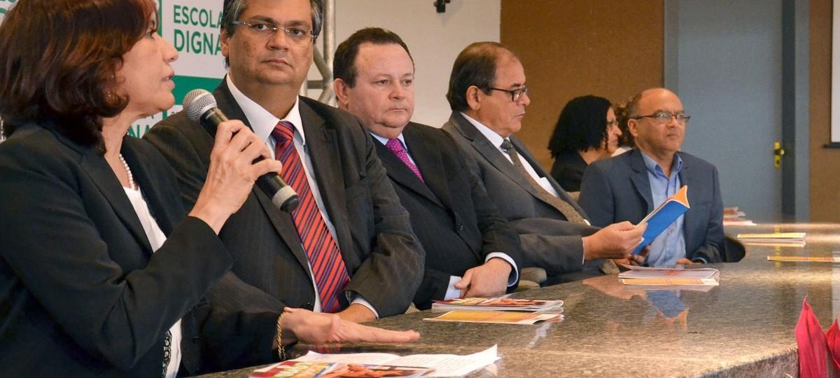 Contrato de R$ 3,8 milhões entre Seduc e Pública pode ter sido superfaturado