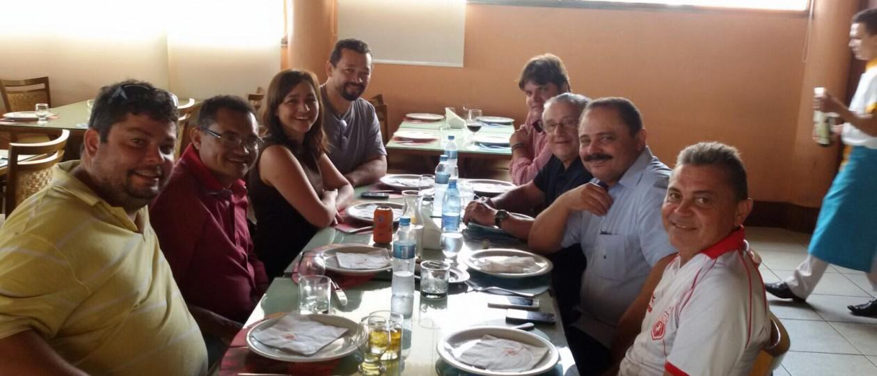 Eleições 2016: Eliziane Gama, Waldir Maranhão e Zé Reinaldo almoçam no Cabana