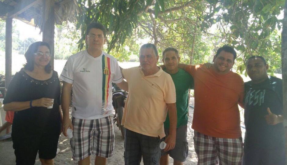Agiotagem: Ex-prefeita de Nina Rodrigues passa o domingo com Jefferson Portela