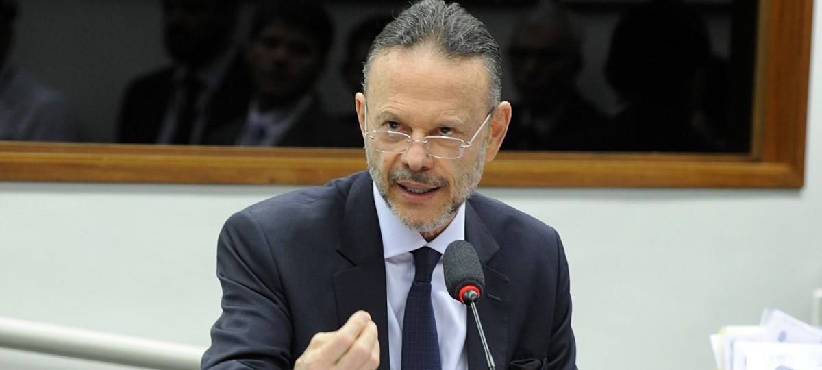 BNDES diz que cabe ao governo Flávio Dino explicar paralisação de obras no MA