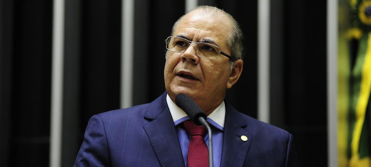 """Hildo Rocha desafia Flávio Dino sobre contas da Secid: """"Pode fazer mil auditoriais"""""""