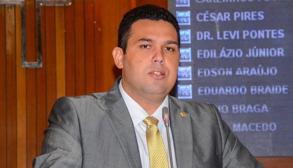 Fábio Macedo mentiu em nome da AL para proteger Fernando Furtado de cassação