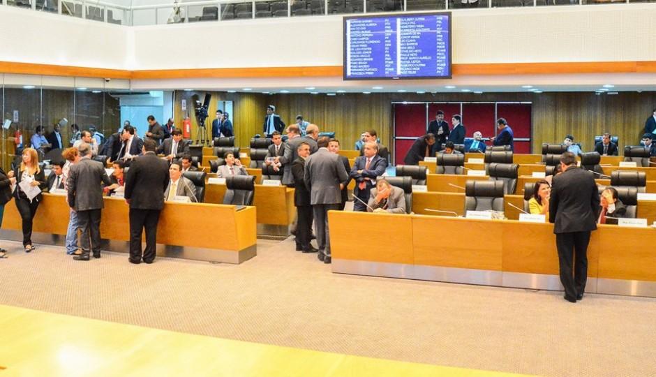 Assembleia Legislativa do Maranhão fecha o ano passando recibo de subserviente