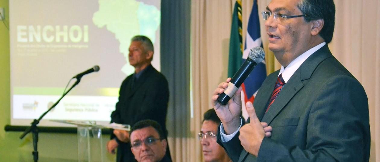 Flávio Dino tem 60 dias para dar segurança aos municípios de Bacuri e Apicum-Açu