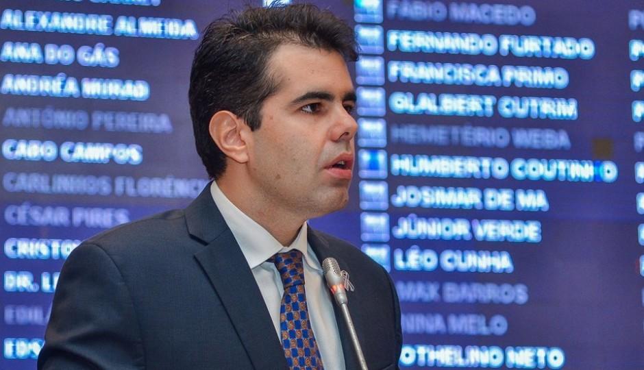 Adriano Sarney questiona se Ivaldo Rodrigues cometeu injúria racial contra Rose Sales