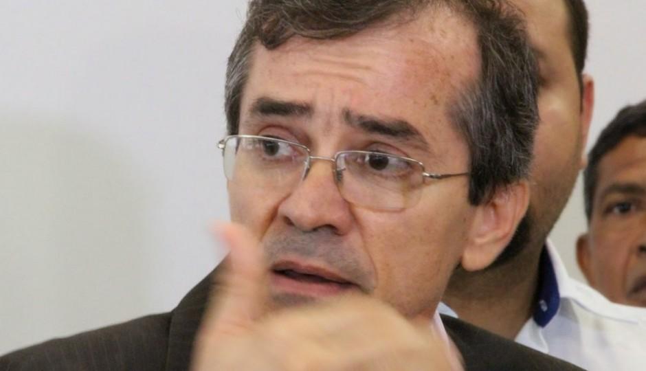 Operação deflagrada pela PF deve alcançar secretário de Saúde de Flávio Dino