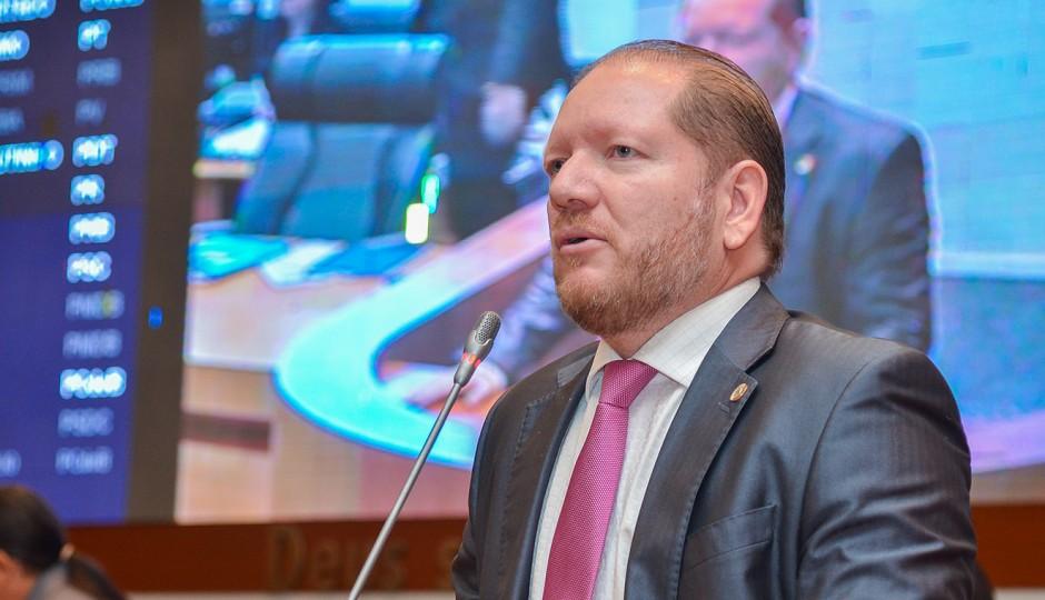 Vice-presidente da AL-MA responde a sete processos criminais por improbidade
