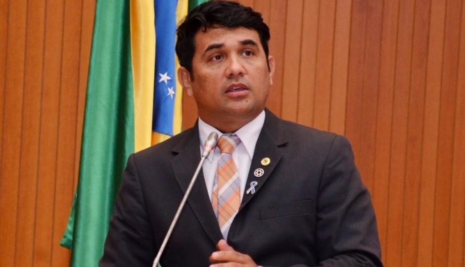 Wellington cobra rigor nas investigações da execução do blogueiro Ítalo Diniz