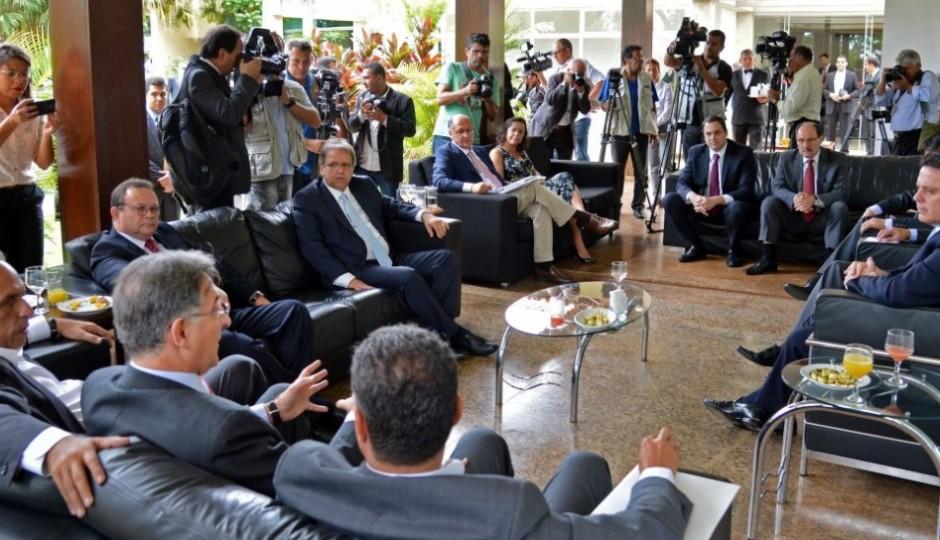 Carlos Brandão leva sugestões contra a crise econômica ao novo ministro da Fazenda
