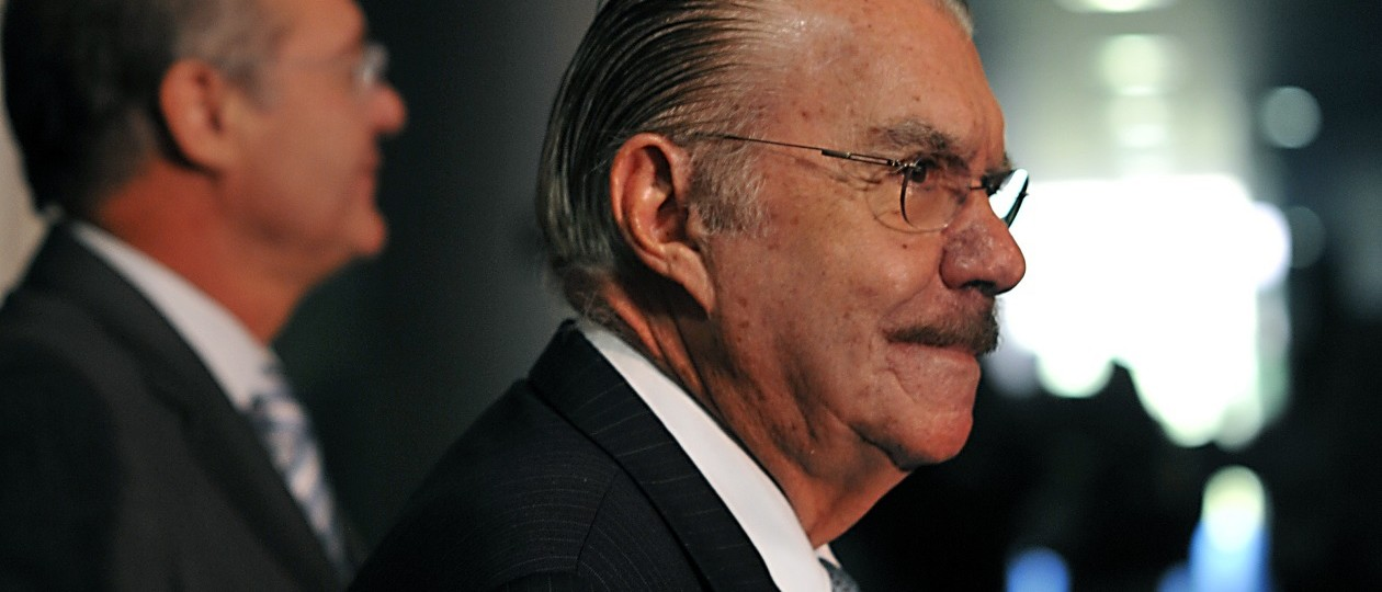 Comando do impeachment nas mãos de Renan Calheiros evidencia poder de José Sarney