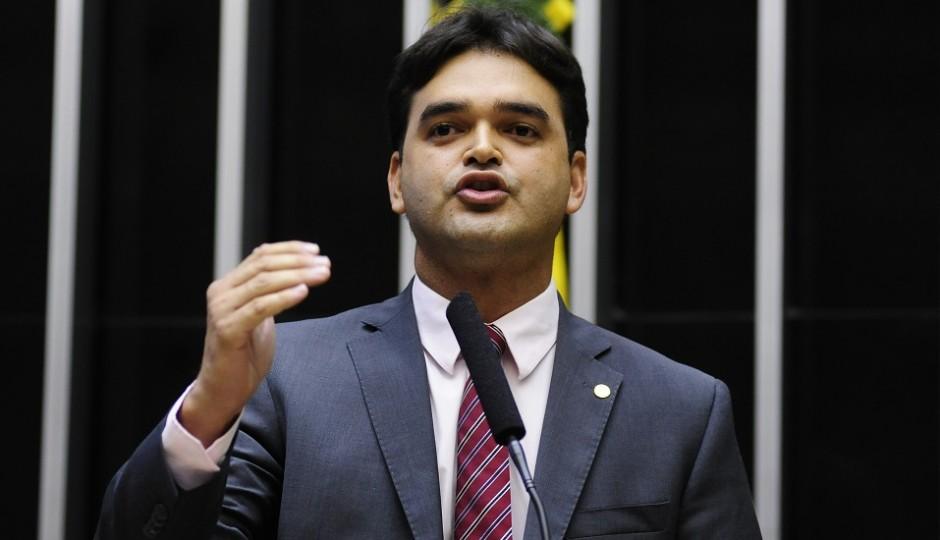 Rubens Júnior apresenta projeto para acelerar processo sobre improbidade administrativa