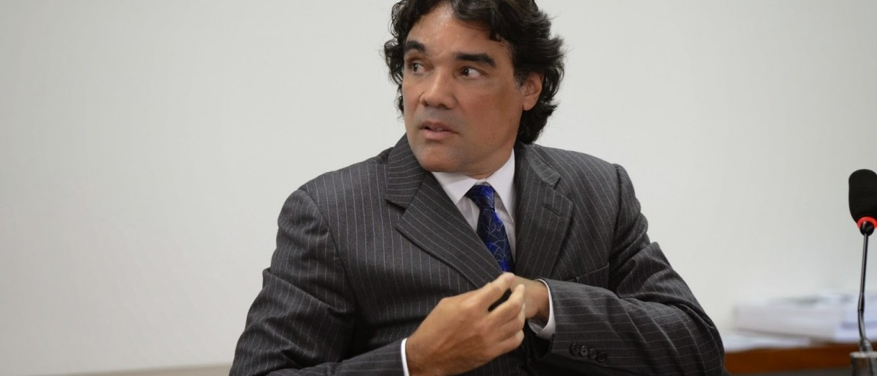 Lava Jato investiga negócios de Lobão Filho com o Grupo Bertin