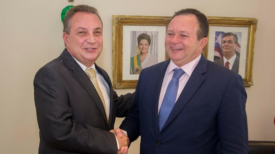 Luis Fernando visita Carlos Brandão em primeiro dia de tucano como governador