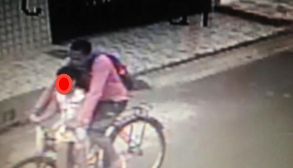 Vídeo monitoramento mostra homem que raptou criança no Cohatrac