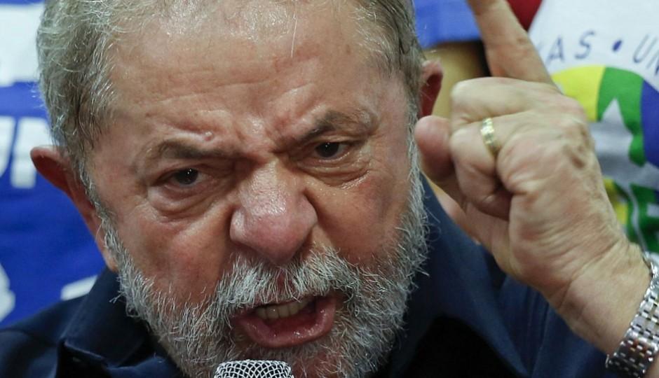 Ministério Público de São Paulopede a prisão preventiva de Lula
