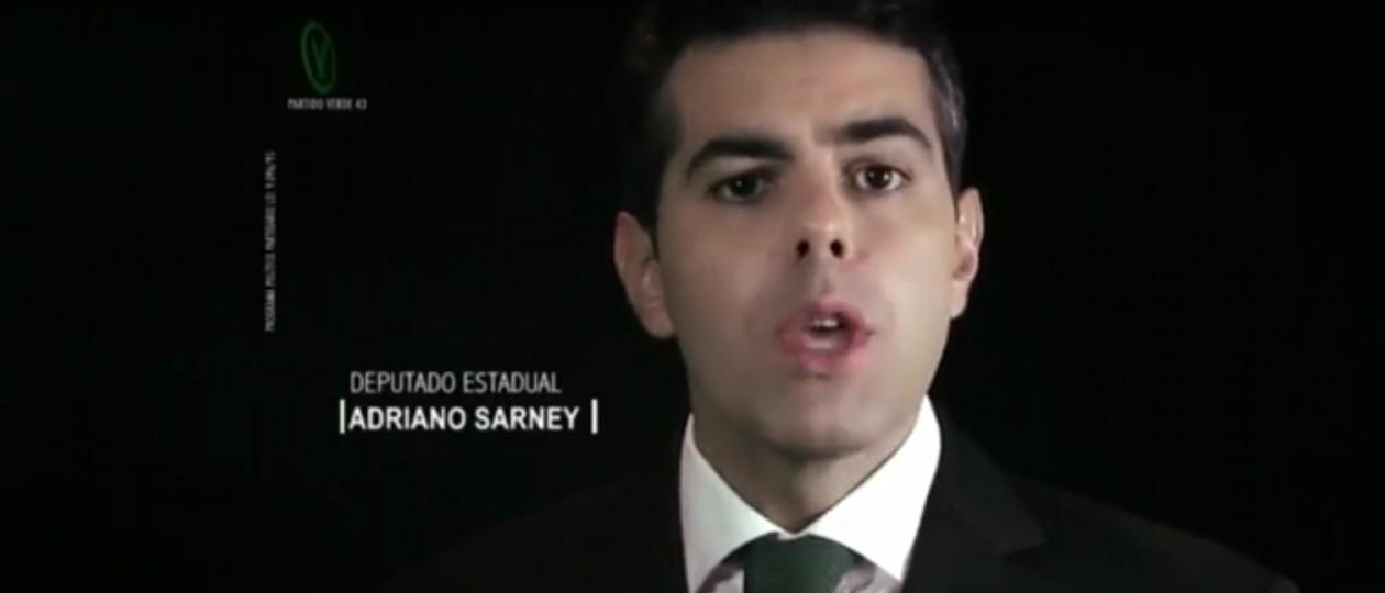 """""""O que mudou?"""", questiona Adriano sobre governo Flávio Dino"""