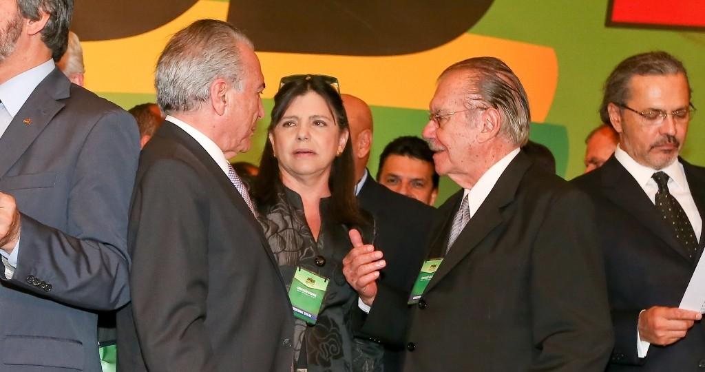 Apoio de Sarney a Michel Temer visa ministério e retorno em 2018