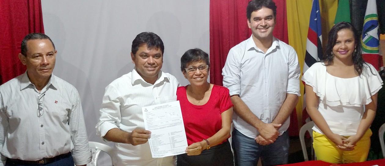 Rejeição de embargos no TCE não implica em inelegibilidade de Professora Rosinha