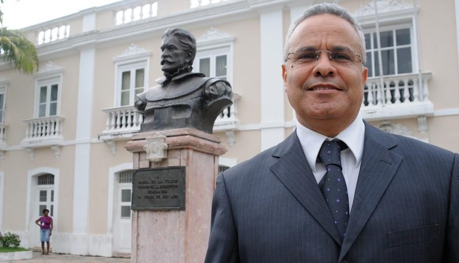 AGU recomenda demissão de Labidi e devolução de mais de R$ 358 mil ao erário