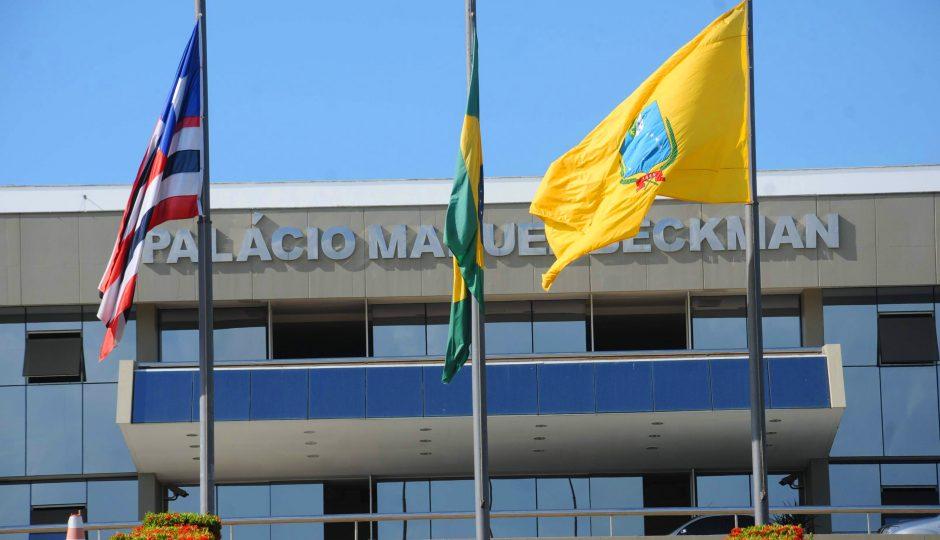 Com dispensa de licitação, filha de Jota Pinto leva mais R$ 699 mil da AL-MA