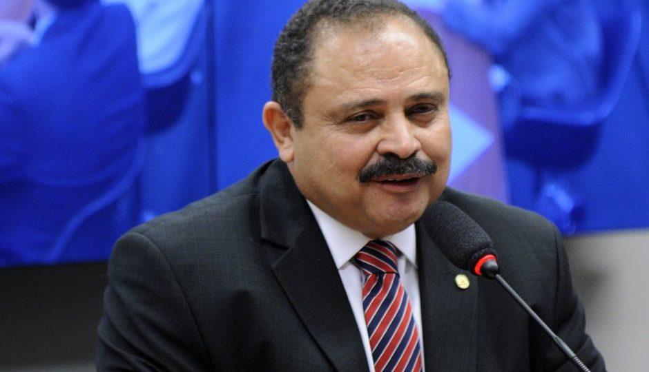 Waldir Maranhão recebeu salário como professor fantasma na Uema