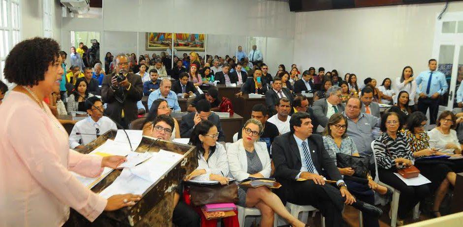 Abandono do ensino público de São Luís por Edivado é debatido na Câmara