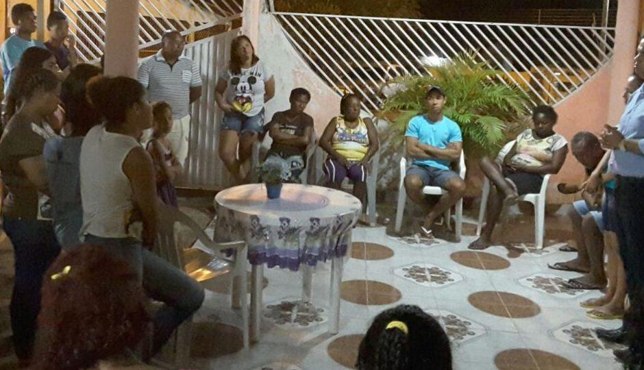 Aníbal Lins debate transporte com moradores do Maracanã