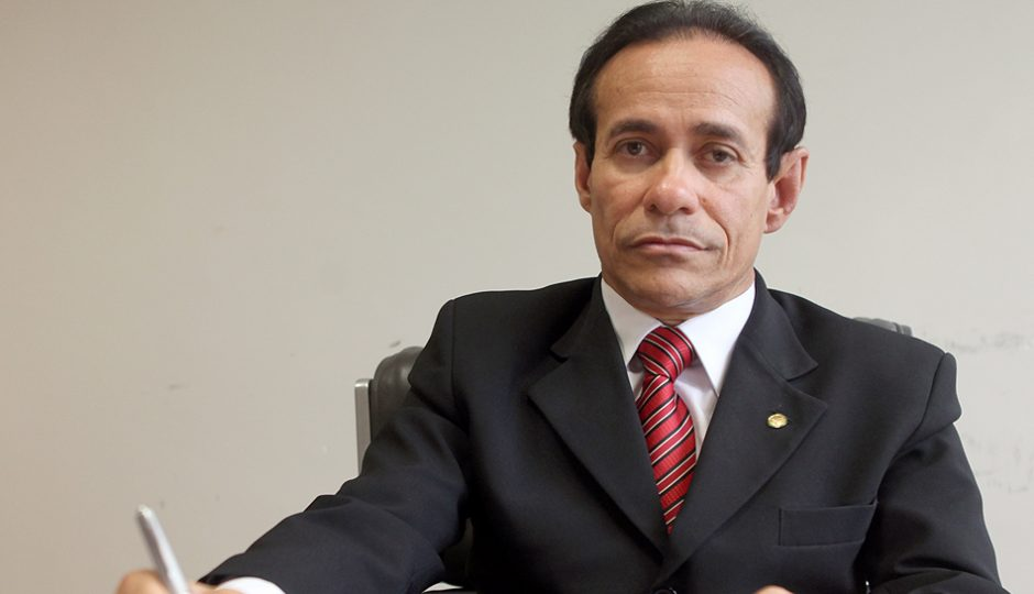 """""""A vice é do PSDB e isso não se discute"""", alerta Pinto Itamaraty"""