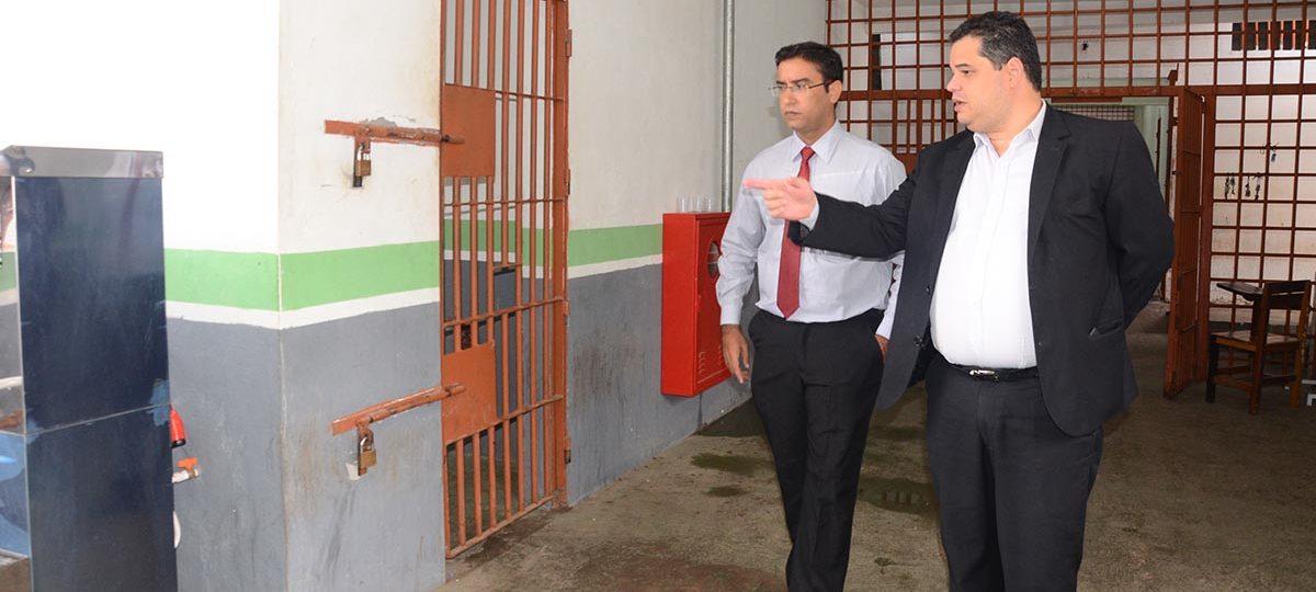 Governo Flávio Dino prevê gastos de R$ 9,6 milhões com reforma de unidades prisionais
