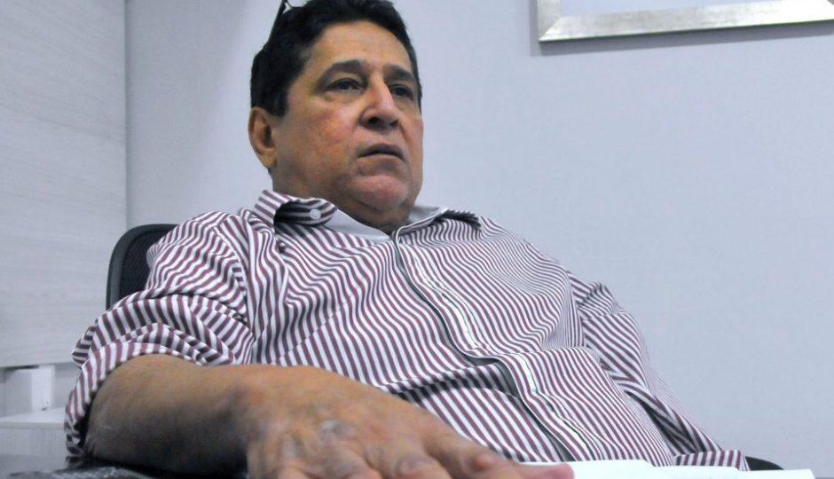 Canindé Barros pode responder por prevaricação e condescendência criminosa