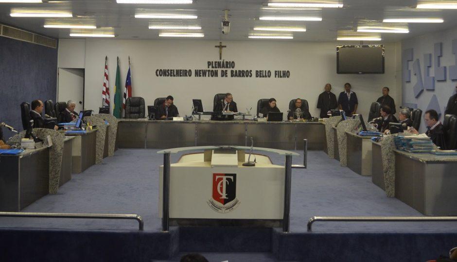 STF decide que prefeitos com contas rejeitadas por TCEs podem se candidatar