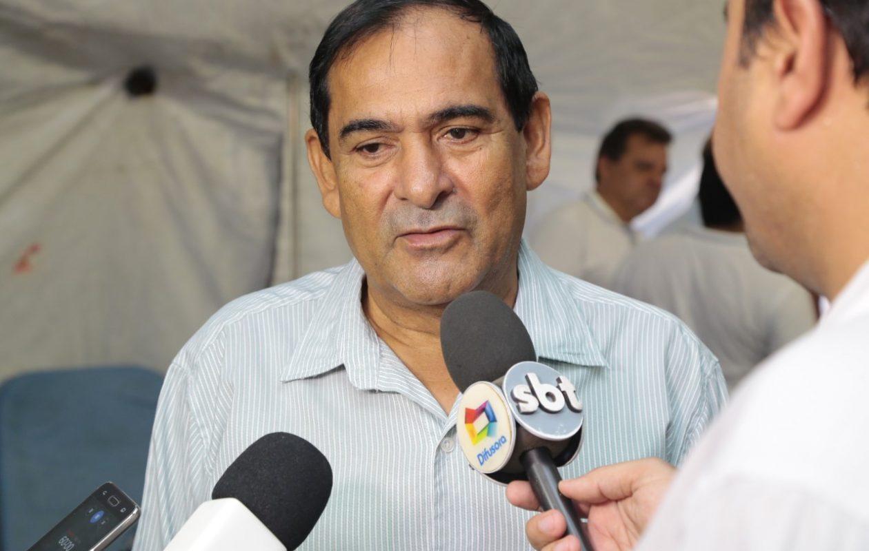 Justiça manda prefeito de Paço exonerar servidores contratados irregularmente