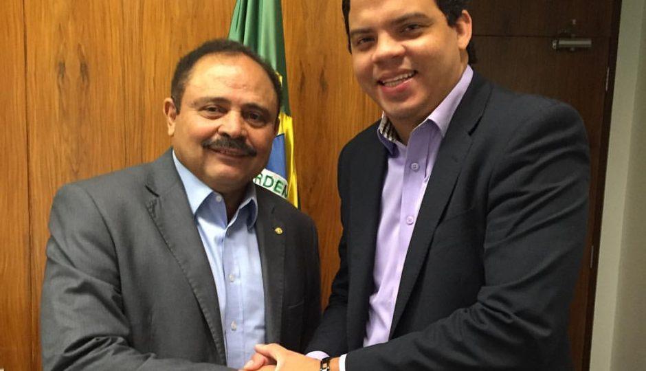 Luciano Genésio garante R$ 10 milhões em emendas para Pinheiro