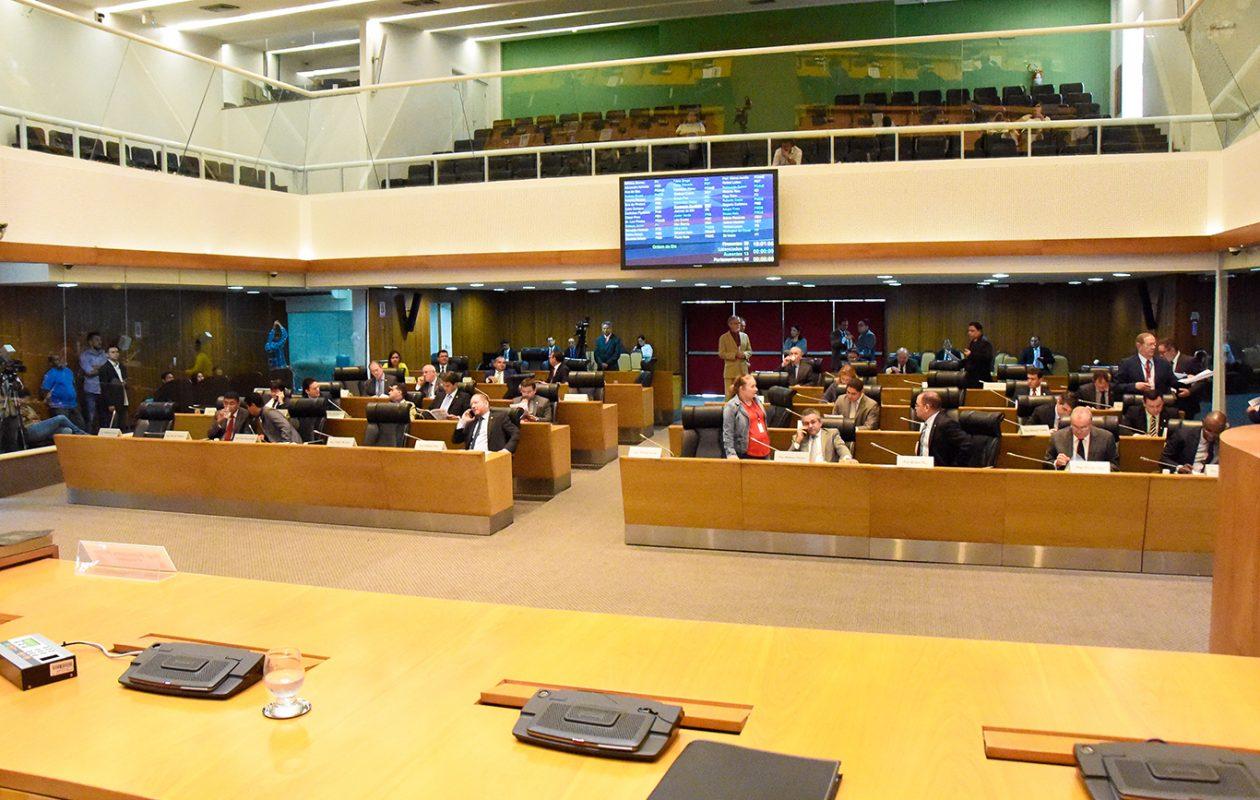 Deputados receberão R$ 500 mil por voto favorável a empréstimo do governo