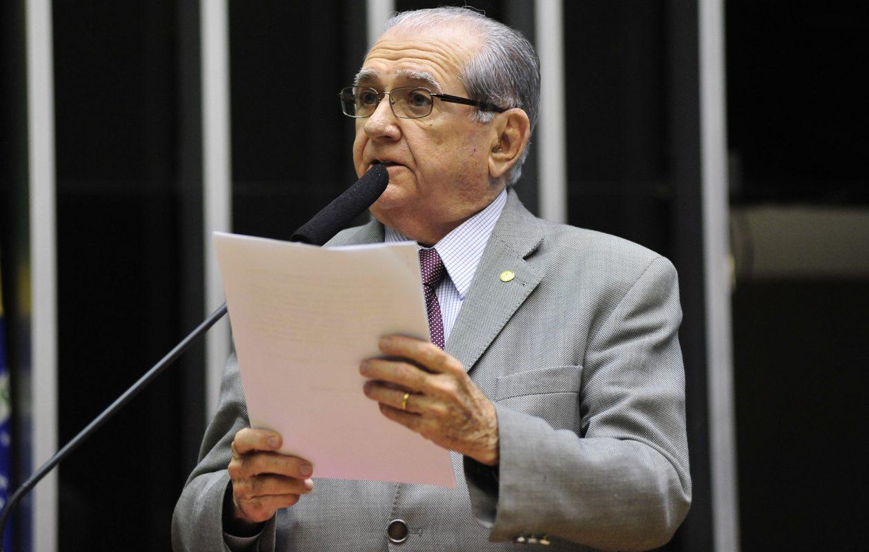João Castelo morre, aos 79 anos, em São Paulo