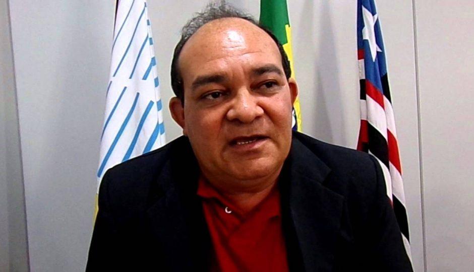 Vicente Castro suspende decisão que afastou Beto das Vilas da Câmara de SJR