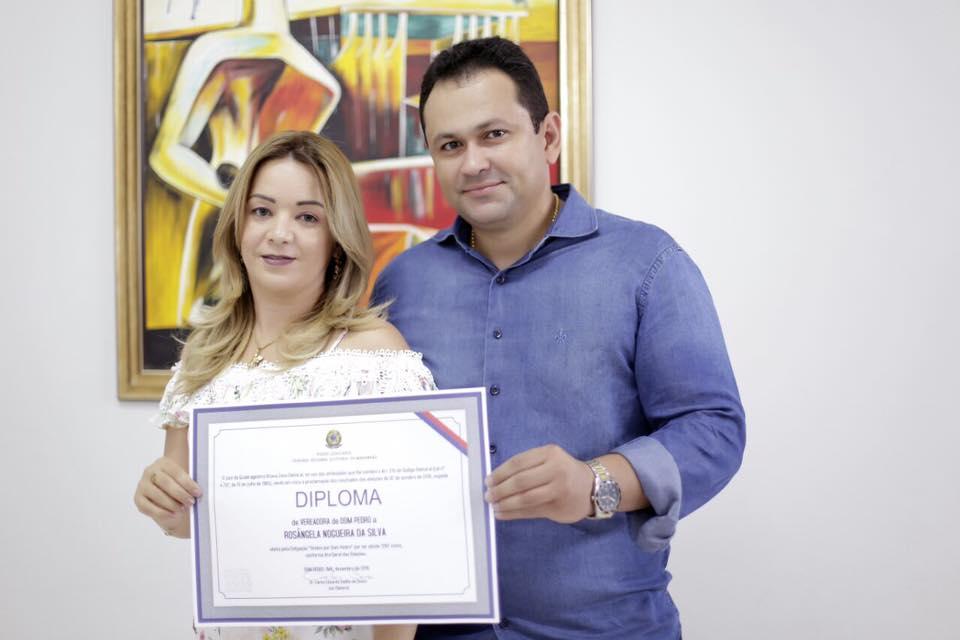 Dom Pedro: Farys Miguel garante a mulher no comando da prefeitura
