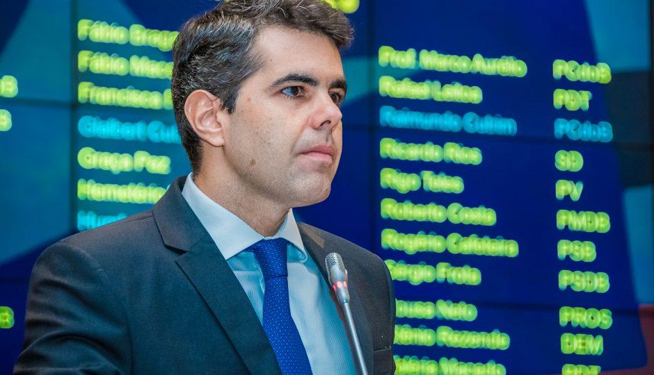 Com Flávio Dino o Maranhão ficou mais pobre, alerta Adriano