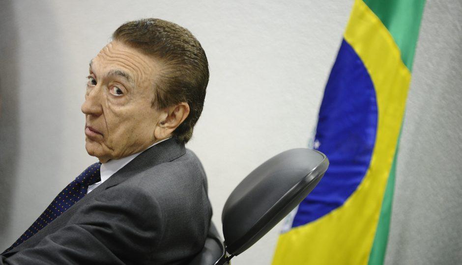 Presidente da CCJ, Lobão afirma que anistia ao caixa 2 é 'constitucional'