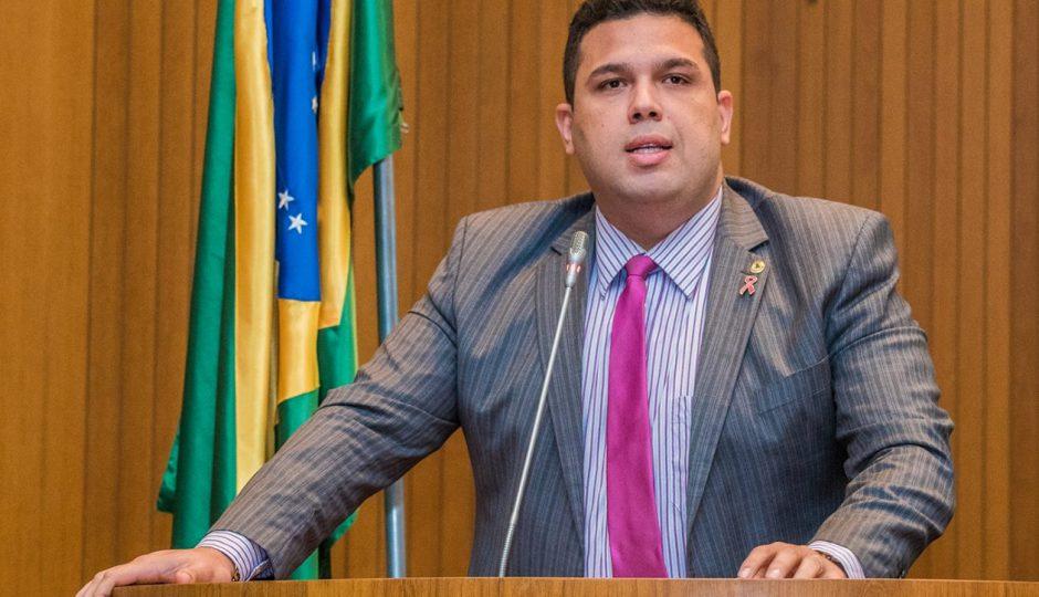 Fábio Macedo mantém silêncio sobre investigações contra a Clasi