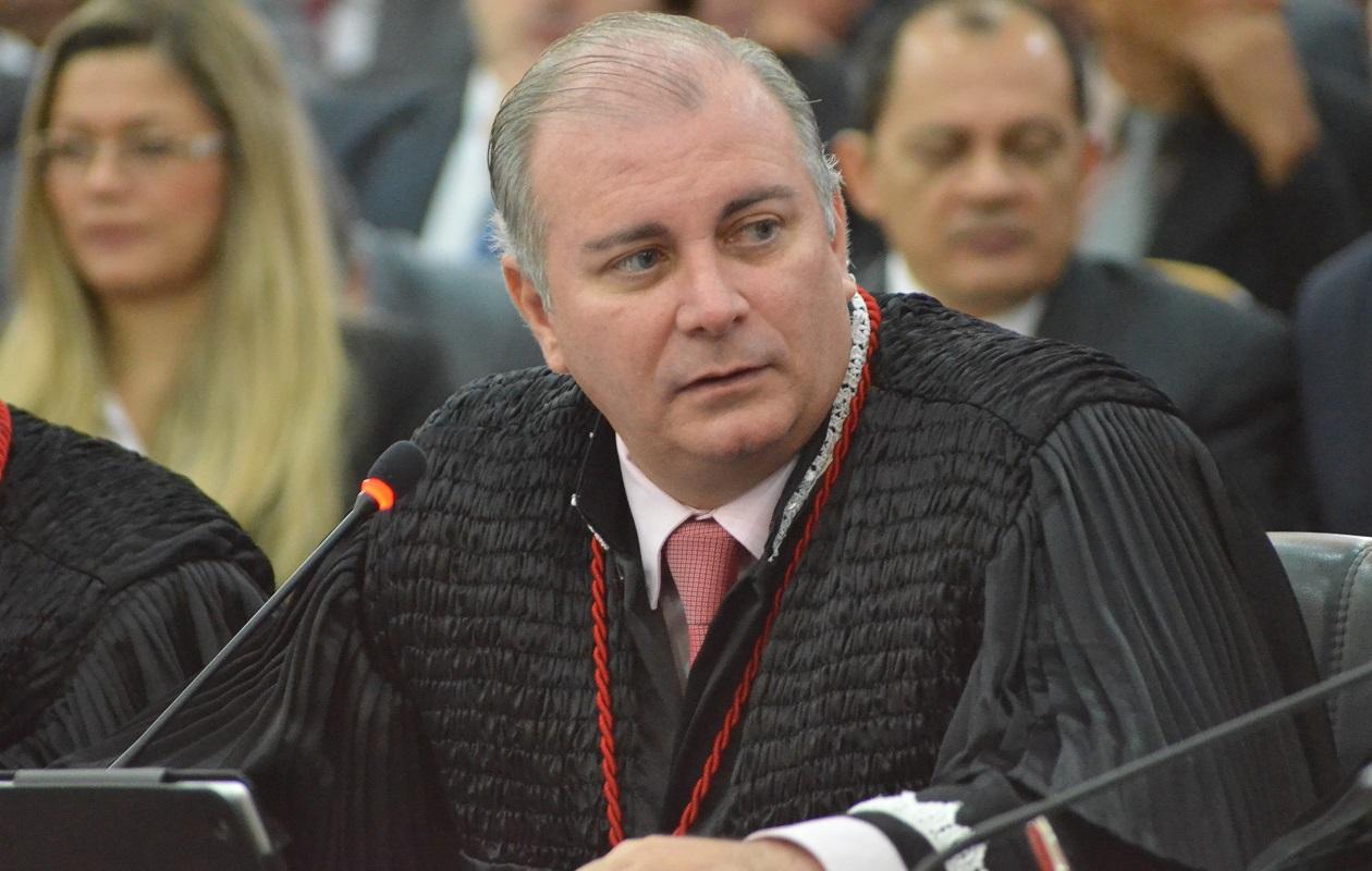 Froz Sobrinho suspende inquérito contra empresa que vendeu terreno do Cajueiro para WPR